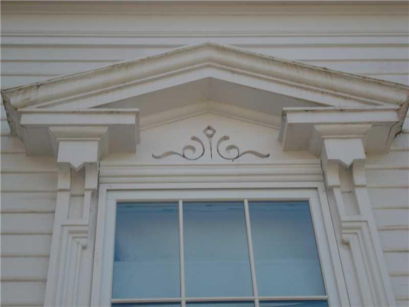 Architectural Detail - 17 Cedar St. Belfast, Maine
