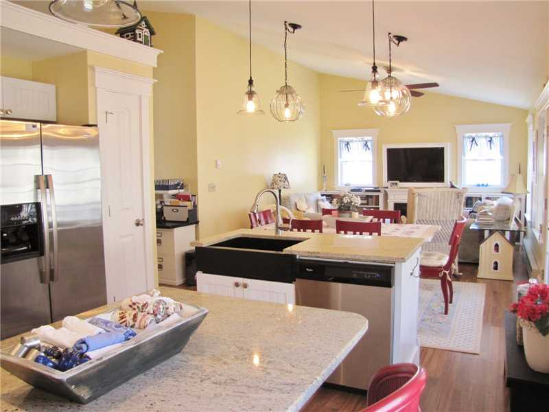 Stand-Alone condo with 2 bedrooms, 2 baths for sale in Rockport, Maine