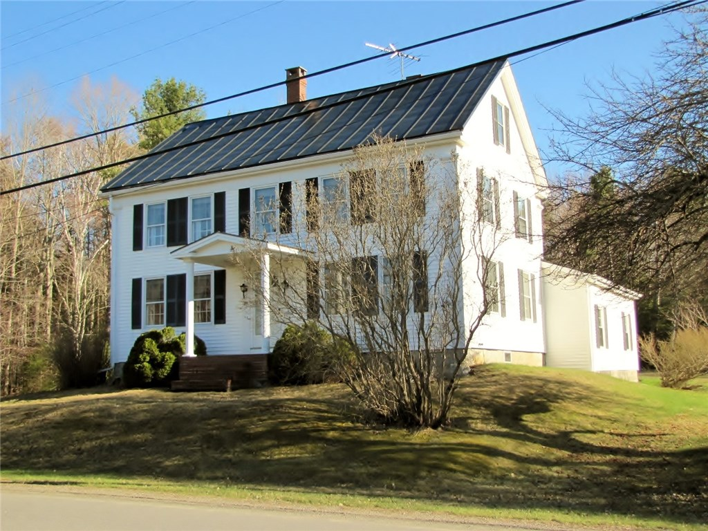 1840's Colonial for sale in Northport, Maine