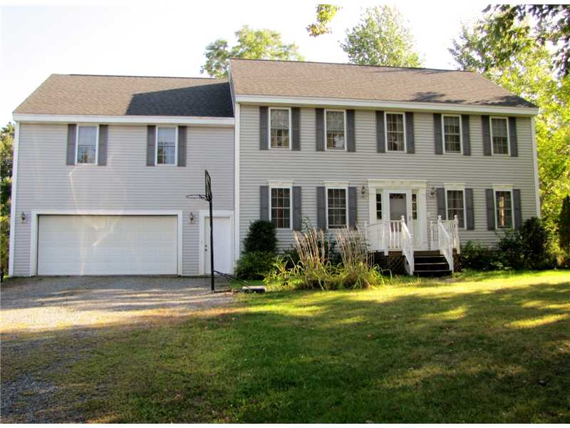 Nearly New Colonial for sale on the coast of Maine