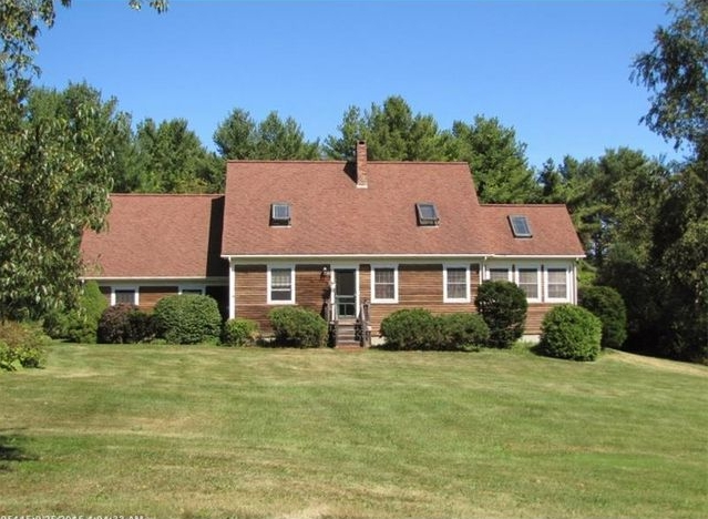 3 bedroom, 2 bath, Country Cape for sale on the coast of Maine