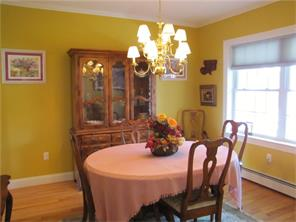 dining room house for sale in Belfast, Maine