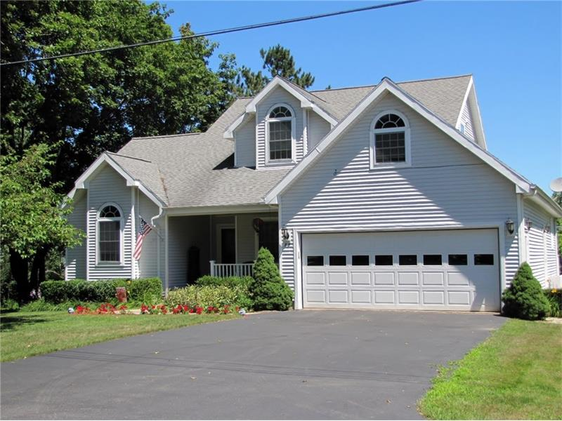 3 bedroom, 2.5 bath, home for sale Belfast Maine