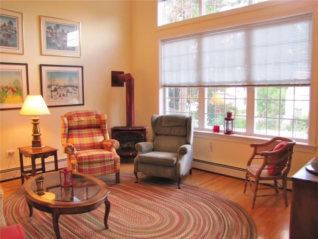 Belfast Maine Contemporary Home, custom kitchen, hardwood floors, central AC, cathedral ceiling,