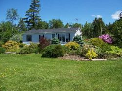 Real Estate Listing - Belfast, Maine - Gracious and care-free one-level living