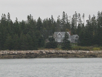 Shingle style oceanfront home in Maine