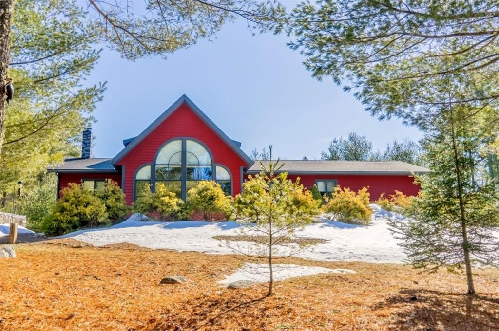 Waterfront Home for Sale on Nichols Pond on the Coast of Maine
