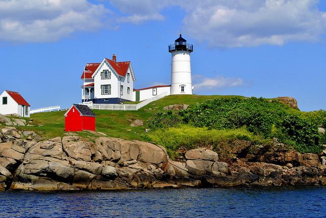 Webcam of The Nubble Lighthouse, York, Maine