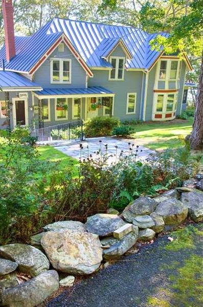 Bayside, Maine Real Estate Listing - Comfortable 2-bedroom, ocean-view home
