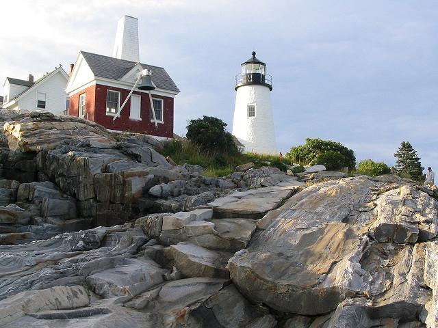 Pemaquid Lighthouse - Bristol, Mainee - Webcam on the coast of Maine